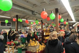 Bee Lightful Candels Merry Maker Night Market