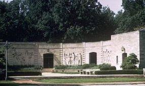 290px-lincoln-boyhood-nmem-memorial