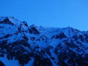 奥穂高岳 南稜登攀→扇沢~岳沢スキー滑降《残雪期》
