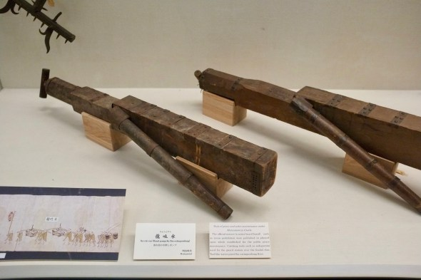 Big wooden water guns for fire fighting
