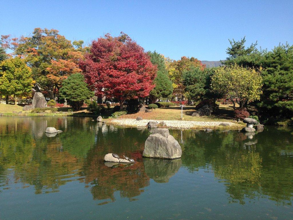Le parc Agatanomori et le mémorial du collège de Matsumoto (Former High School Memorial)