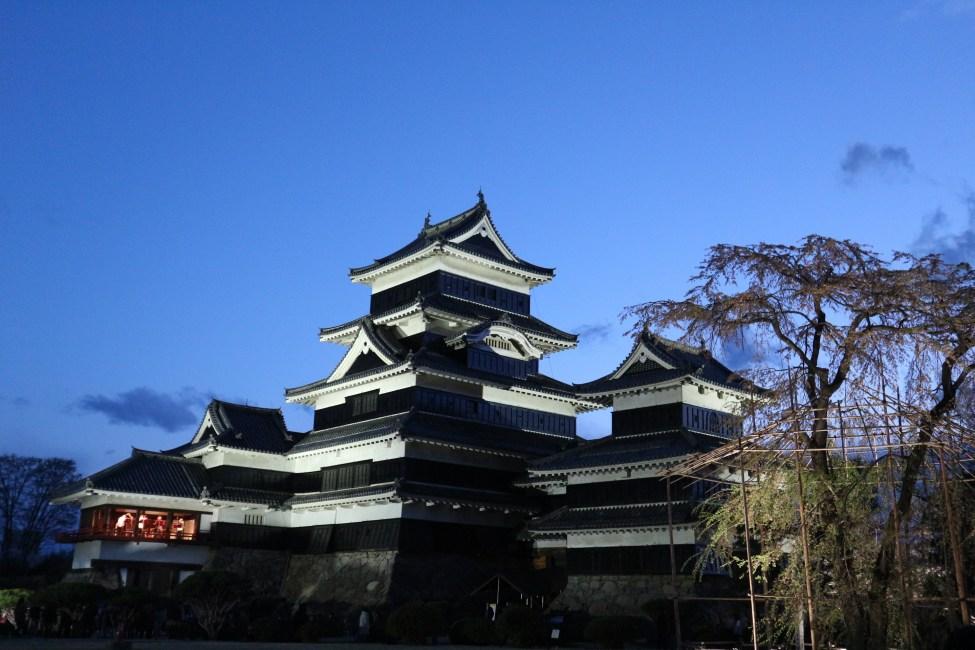 Matsumoto Castle Komatsunagi no Sakura