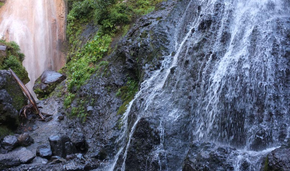 Norikura's Sanbondaki Falls Hike