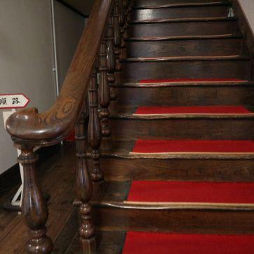 登れる階段