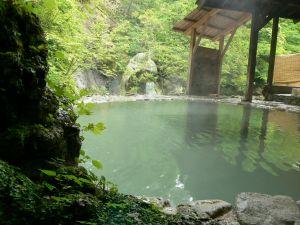 白骨温泉公共野天風呂、営業再開のお知らせ