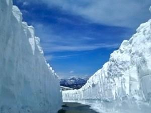 乗鞍岳、雪の壁が圧巻ですっ!!