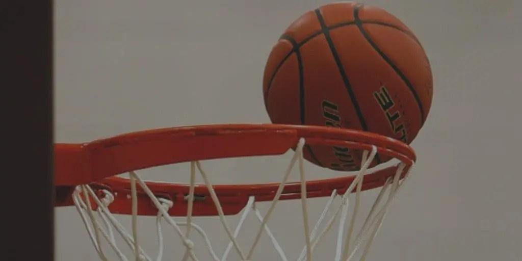 basketball going in net