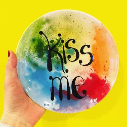 Ugly Duckling Pottery - Kiss Me Plate