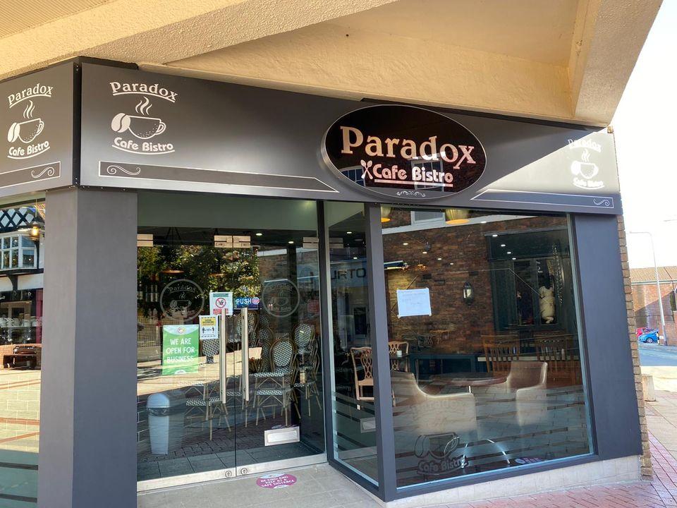 Paradox Cafe