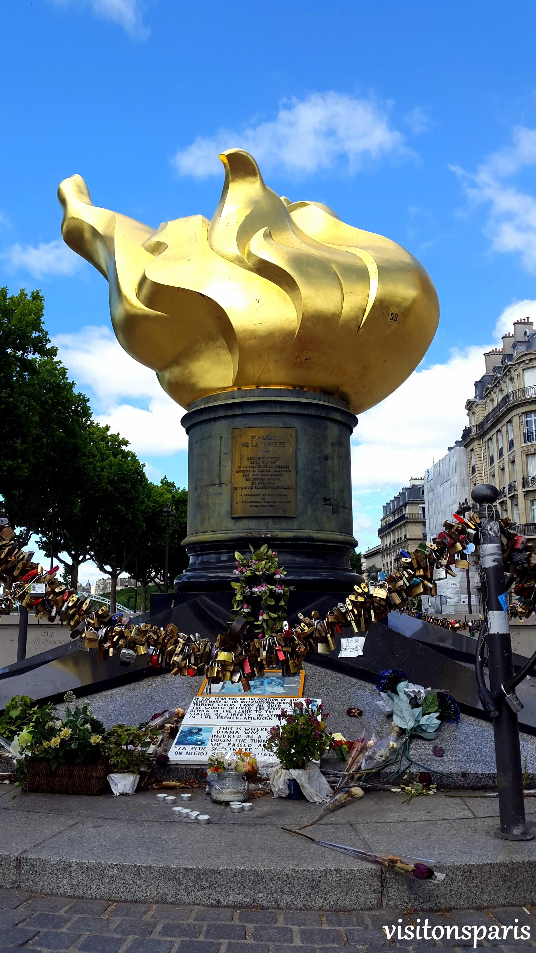 Flamme Pont De L Alma : flamme, Flamme, Liberté, Visitons, Paris