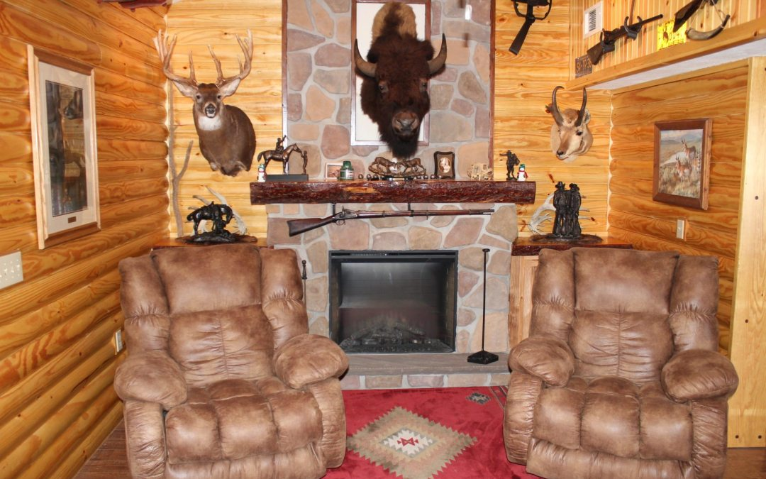 Foremost Frontier Lodge – Modernized Old West Style Lodging