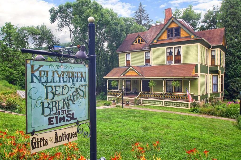 Enjoy an Artistic Retreat at Kellygreen B&B in Tionesta
