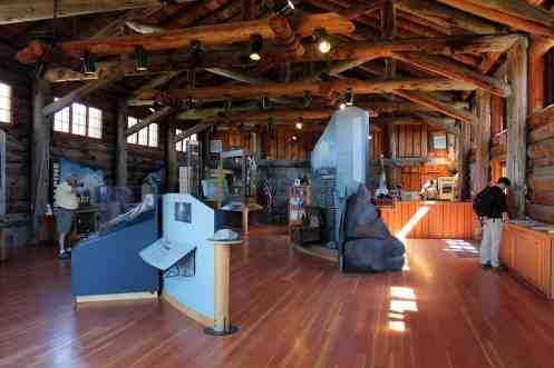 Sunrise-Visitor-Center-Exhibits