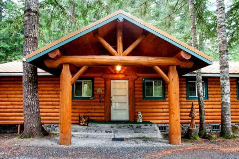 Three bears lodge visit rainier for Cabins near mt ranier