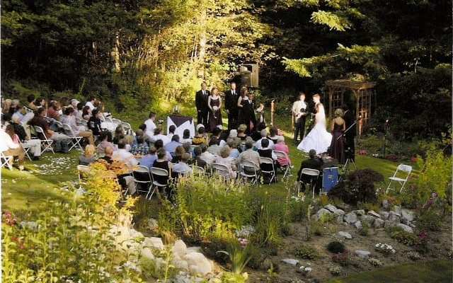 Weddings at Mounthaven Resort