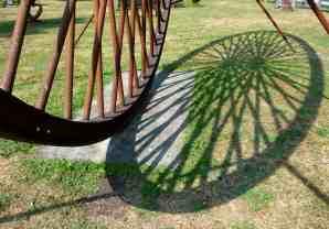 Art, sculpture, light and shadow - KS