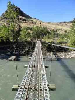 Suspension bridge over the Tieton River © Craig Romano
