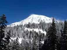 Mountain views on the Reflection Lakes trail