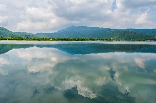 Uchali Lake Soon Valley