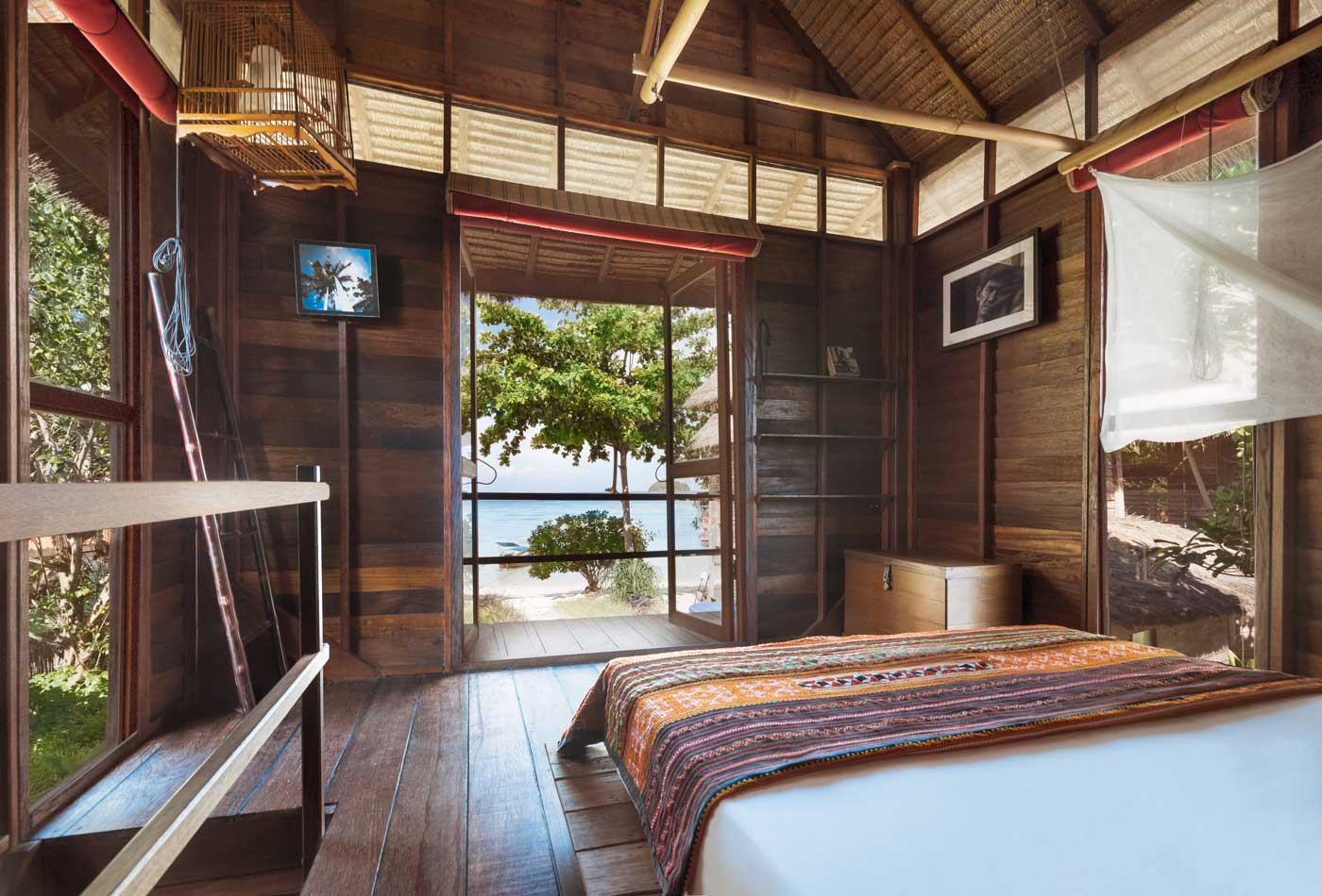 Castaway Beach Resort  Koh Lipe