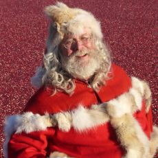Santa Claus is Coming to Town on Saturday, Dec. 8