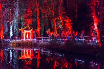 electric-woods-soto-dragon-procession-in-woodland-ponds