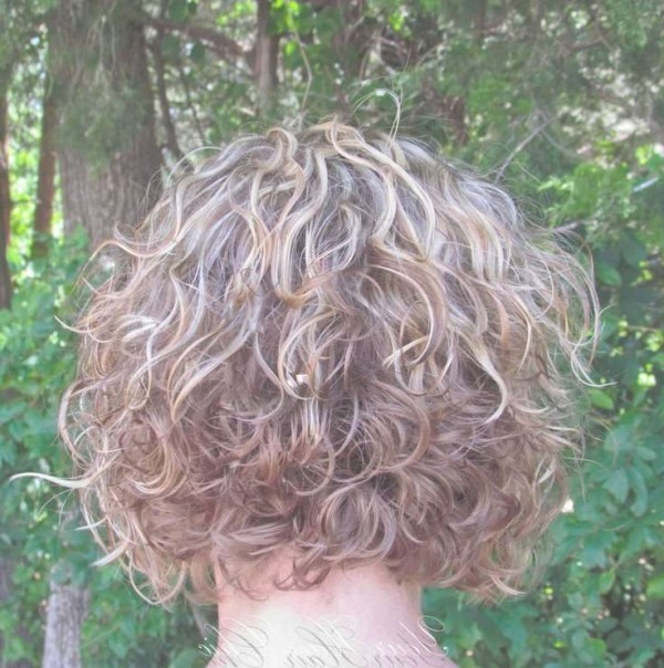 30 Short Bob Hairstyles With Perm Hairstyles Ideas Walk The Falls