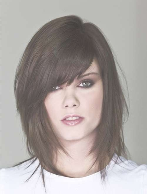 30 Medium Layered Hairstyles With Bangs 2018 Hairstyles Ideas