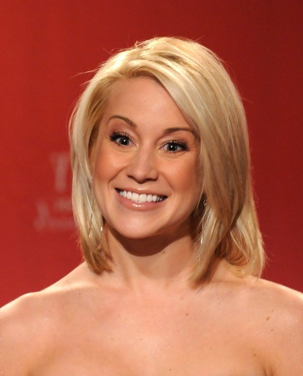 20 Kellie Pickler Pixie Haircut Pictures And Ideas On Meta Networks
