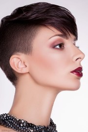 modern pixie style haircuts