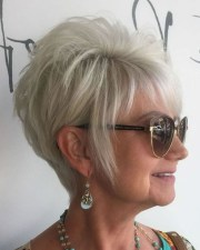 pixie hairstyles women