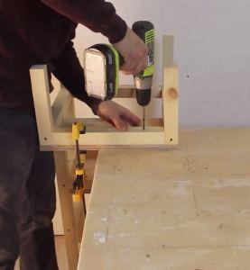 fixer planche sur structure 2