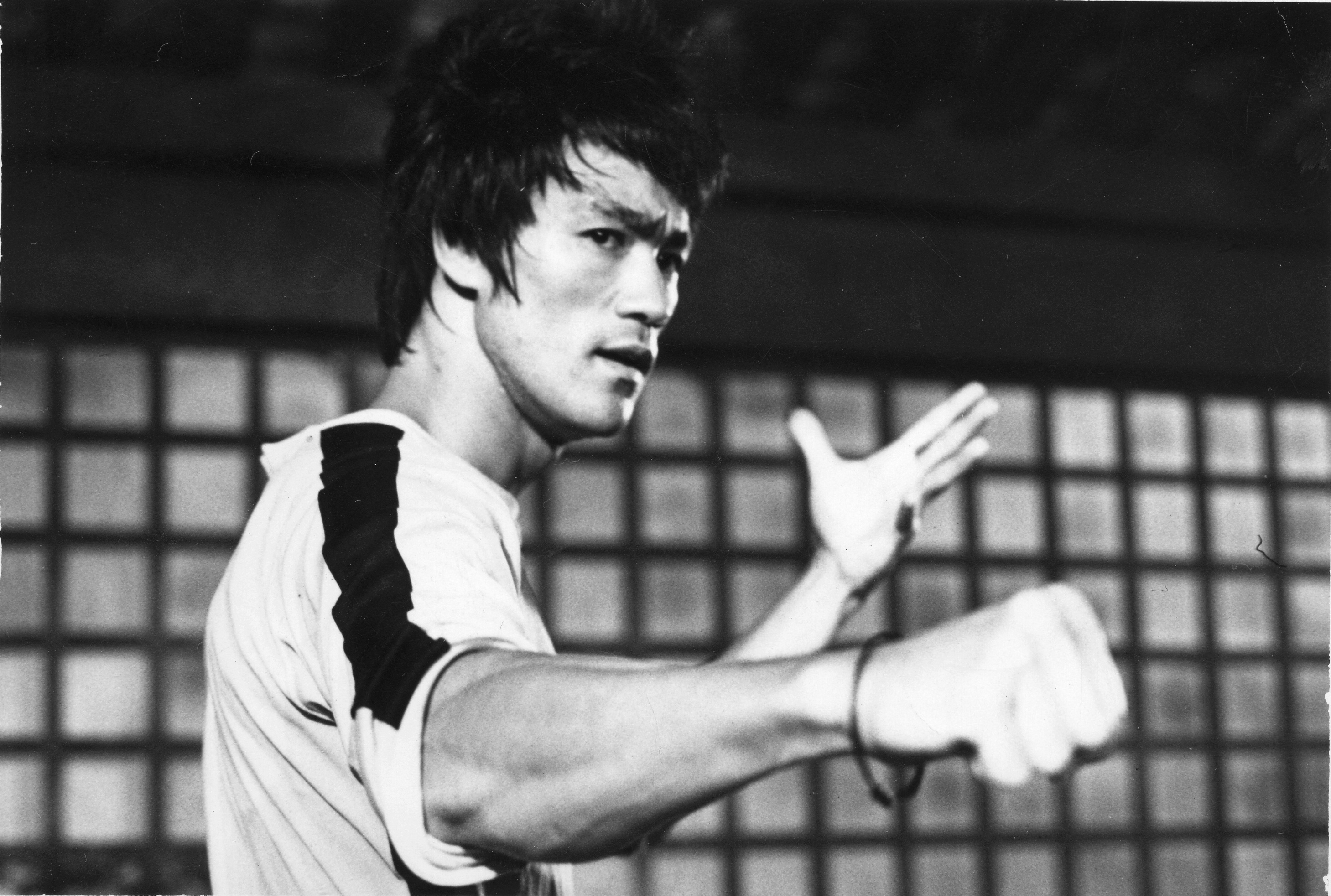 Bruce Lee Wallpapers Celebrity Hq Bruce Lee Pictures 4k Wallpapers 2019