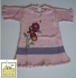 Vestido de niña con bordado con flor de papa,en algodón organico