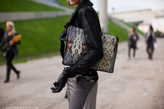 Stockholm Streetstyle Snake clutch