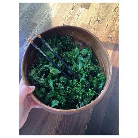 Valentina Zelyaeva's Kale Salad | Photo @val_zelyaeva