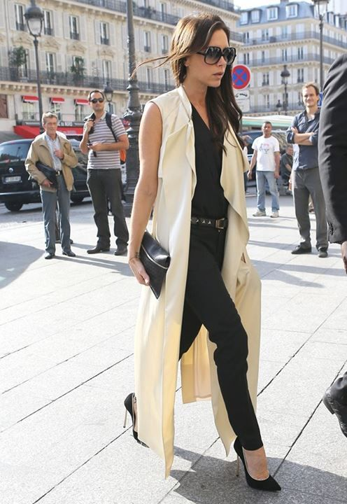Sleeveless Trench Street Style Victoria Beckham