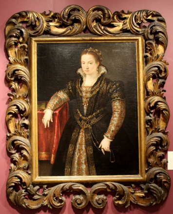 Old Master pictures specialist Robert Simon featured this oil on canvas portrait of lady of the Gonzaga or Santivale family by Lavina Fontana (Italian, 1552–1614), considered the first woman artist to work alongside her male counterparts outside of a court or convent.
