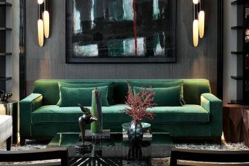Green Interior Chic Home | VT Home