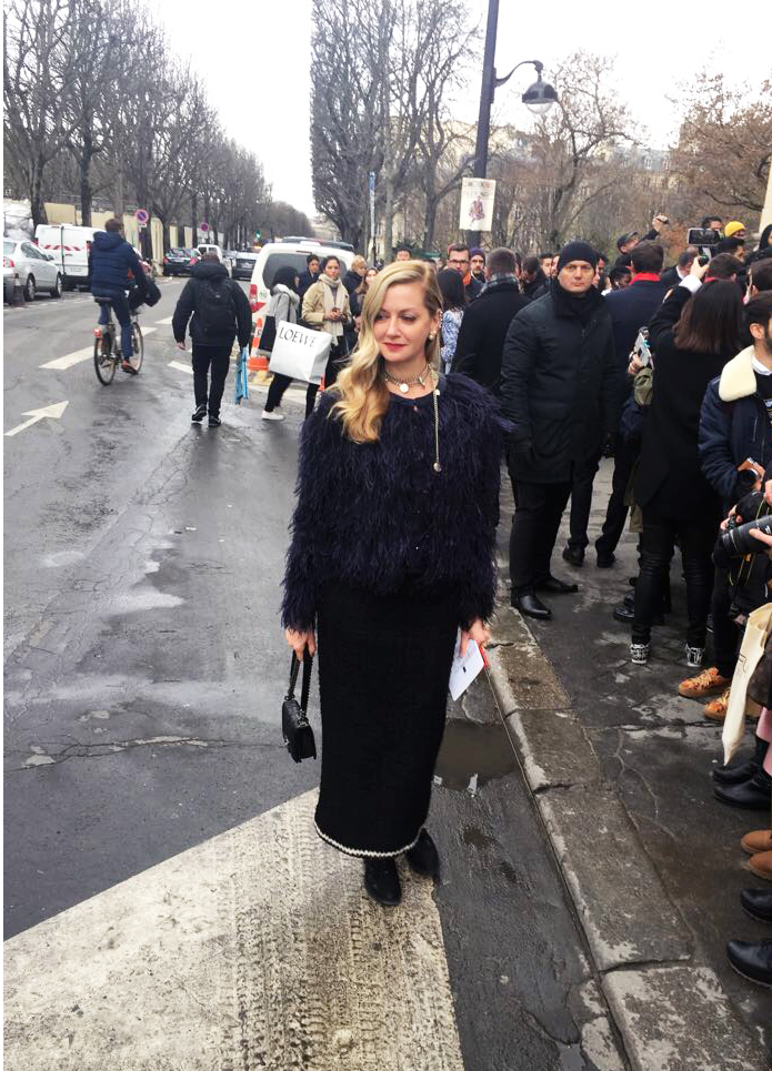 Visual therapy stylist Lisa Marie McComb attends the Chanel fall 2017 show in paris