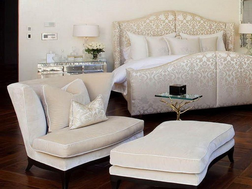 modern comfy bedroom chairs