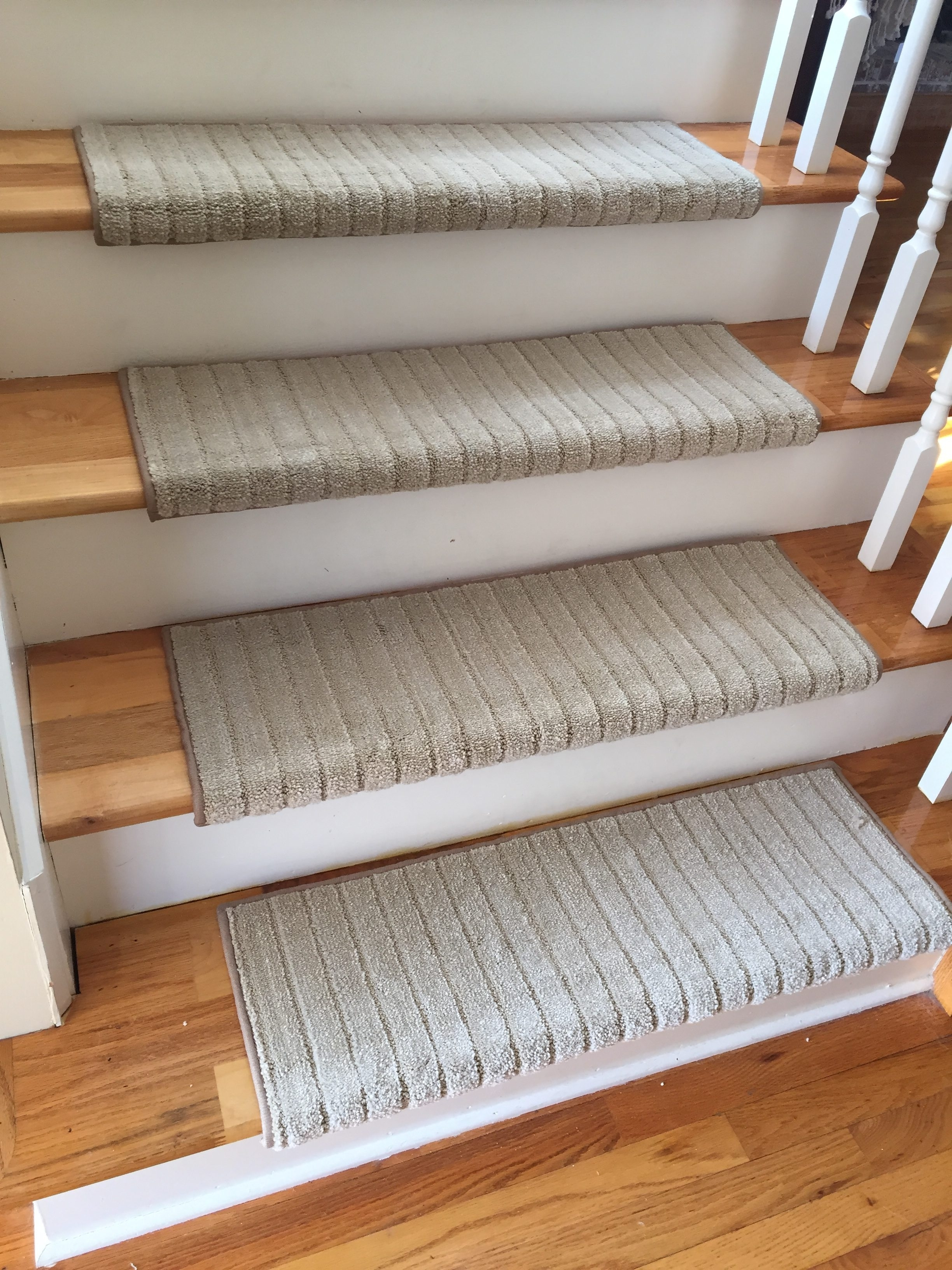 50 Bullnose Carpet Stair Treads You Ll Love In 2020 Visual Hunt | Rug Treads For Steps | Creative | Covering | Residential | Oak | Turquoise