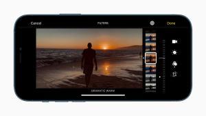 Apple iPhone 12 camera app