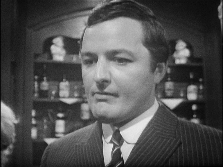 Peter Bowles as Toby Meres in the pub