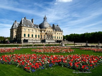 Vaux le Vicomte Formal Gardens outside Paris | Marsha J Black