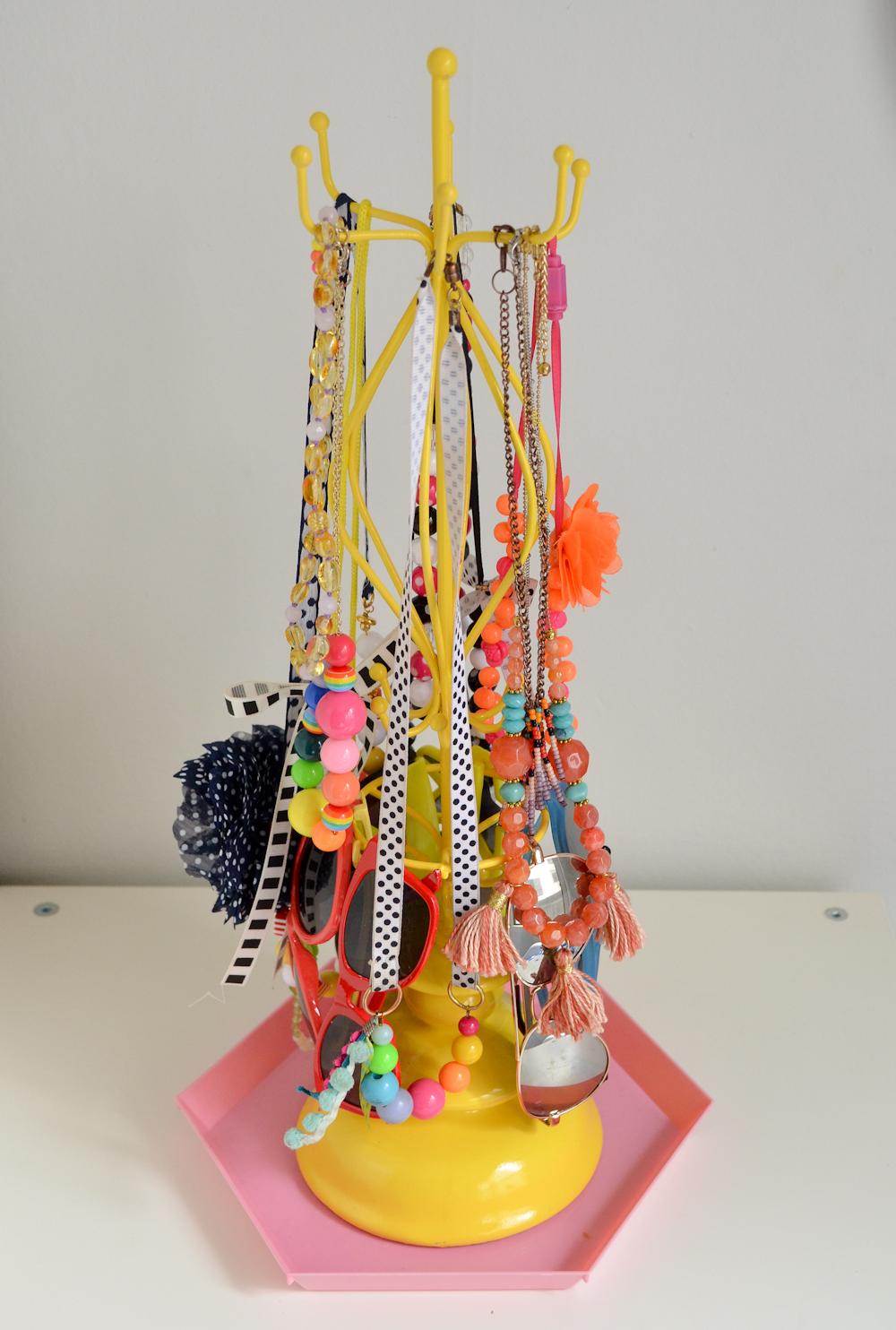 Kids Jewelry Stand