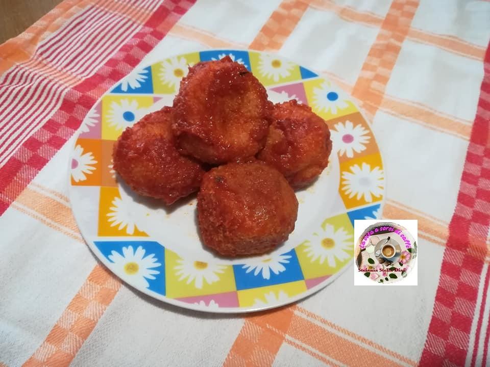 Pallotte casce e ove (polpette formaggio e uova)