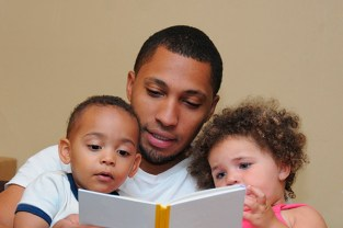 dad-reading-book_1
