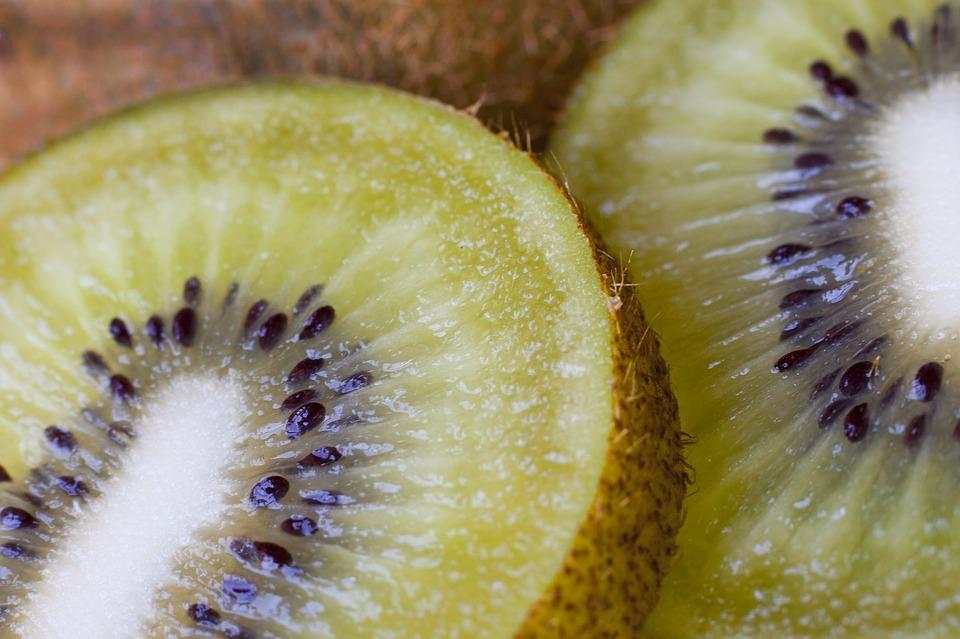 Zuckerfreies Eis selbst machen – 6 gesunde Rezepte Fruchteis Kiwi