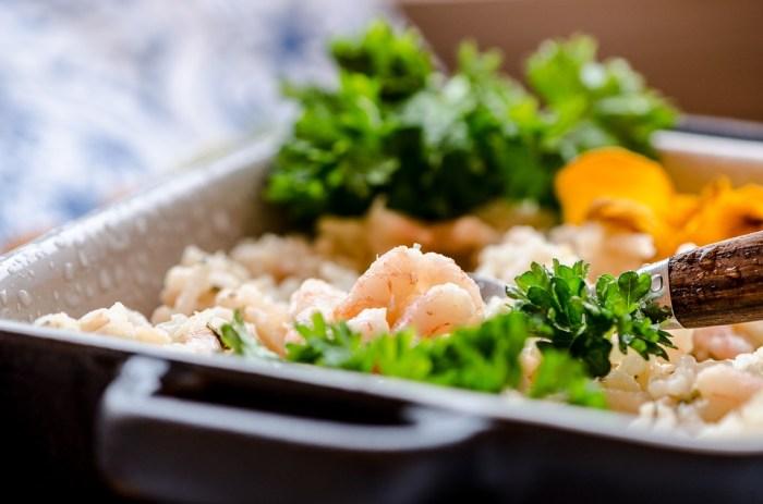 Garnelen mit Reis, Diät zur Gewichtsreduktion wöchentliches Menü nur 1000 Kcal pro Tag, diät, abnehmen, gesunde ernährung, gewicht verlieren